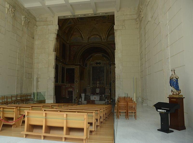 File:Duomo di Pozzuoli aka tempio di Augusto 03.jpg