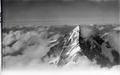 ETH-BIB-Dent Blanche im Wolkenmeer v. S. aus 4500 m-Inlandflüge-LBS MH01-002126.tif