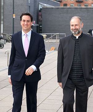 Fabian Hamilton - Fabian Hamilton with Labour leader Ed Miliband at the Royal Armouries in Leeds in 2011