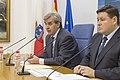 El Gobierno de Cantabria presentará este año una nueva ley para impulsar la iniciativa legislativa popular.jpg