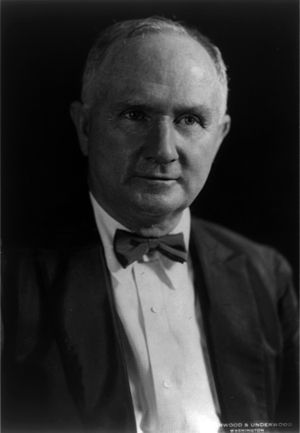 Elwood Mead - Elwood Mead in 1928