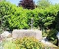 Englancourt Ancienne fontaine publique.jpg