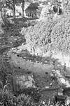 exterieur ontgraving bij de zuid, west ringmuur, gezien naar het west, noord, westen - batenburg - 20310164 - rce