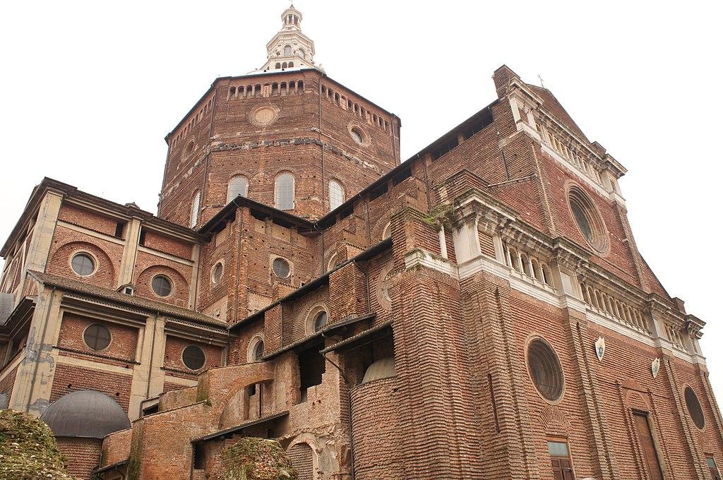Facciata Duomo Pavia.JPG