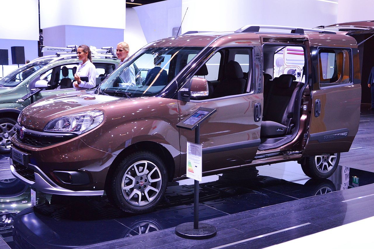 file fiat doblo trekking wikimedia commons. Black Bedroom Furniture Sets. Home Design Ideas