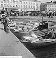 Finland, Helsinki, de markt, Bestanddeelnr 917-7245.jpg