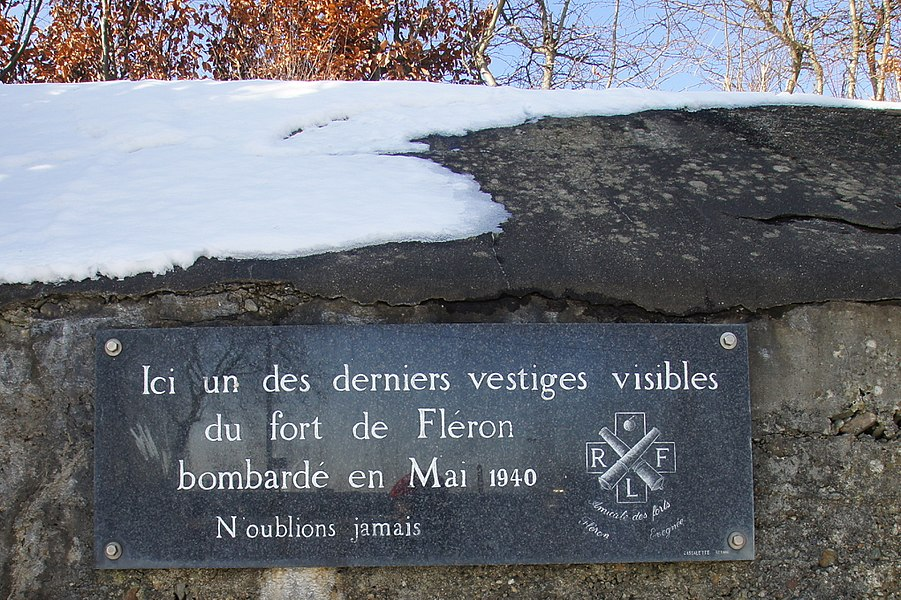 Fléron,  Belgium: Plaque at one of the last remaining visible rests of the fort of Flémalle