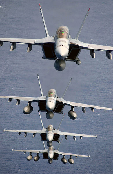 Archivo:Four Super Hornets.jpg