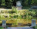 Friedrich Ferdinand Konstantin von Sachsen-Weimar-Eisenach @Denkmal Schlosspark Tiefurt.JPG