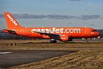 "G-EZUI A320 Easyjet ""Easyjet's 200th Airbus"" (25578760312).jpg"