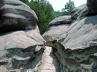 Garden of the Gods Wilderness - Passage between the Wilderness' rocks
