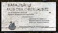 Gedenktafel Platz des 17 Juni 2 (Görlitz) Basaltsäule.jpg