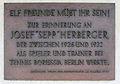 Gedenktafel Waldschulallee 34 (Weste) Sepp Herberger.jpg