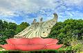 Gfp-china-nanjing-statue-in-garden.jpg