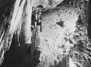 Grottan vid Fylleri. Kythrea - SMVK - C06760.tif