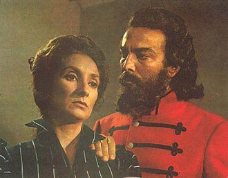 Norma Aleandro - Aleandro as Macacha Güemes with Alfredo Alcón in the 1971 film, Güemes: la tierra en armas.