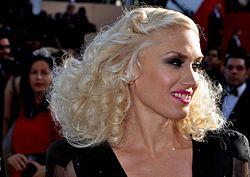 Gwen Stefani Cannes 2011.jpg