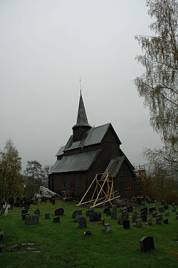 Høre stave church 25may2006.jpg