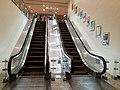 HK SW 上環 Sheung Wan 信德中心 Shun Tak Centre mall escalators from MTR Ststion April 2020 SS2 01.jpg