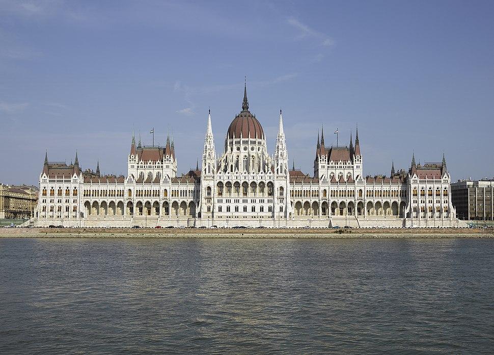 HUN-2015-Budapest-Hungarian Parliament (Budapest) 2015-01 crop