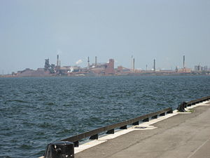 Stelco - Hamilton Waterfront Trail, Stelco in background