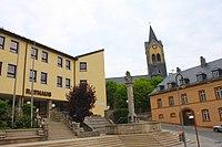 Helmbrechts Rathaus Kirche.JPG