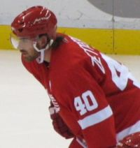 Photo de profil de Henrik Zetterberg portant le numéro 40 des Red Wings.