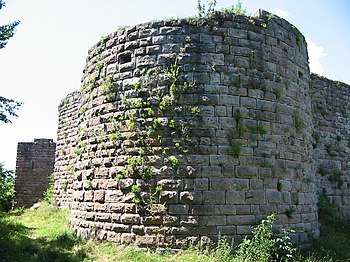 the chteau de hohenack also described as chteau du hohenack and chteau fodal du petit hohnack is a ruined castle in the commune of labaroche in the - Single Wall Castle 2015