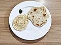 Homemade hummus and pita 01.jpg