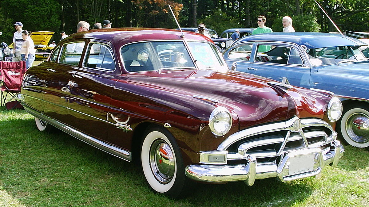 Hudson Hor additionally legacyclassictrucks further Husband Clipart further Googie Architecture besides En thecrazyfifties. on 50s cars 1950