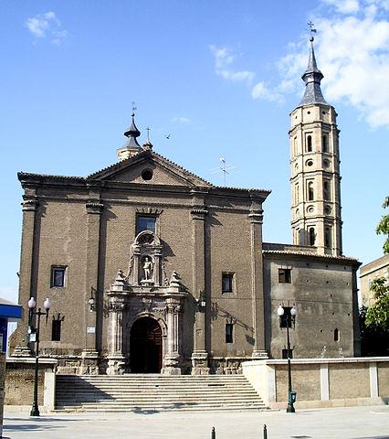 http://upload.wikimedia.org/wikipedia/commons/thumb/f/f1/Iglesia_de_San_Juan_de_los_Panetes_%28Zaragoza%2C_Espa%C3%B1a%29.jpg/426px-Iglesia_de_San_Juan_de_los_Panetes_%28Zaragoza%2C_Espa%C3%B1a%29.jpg