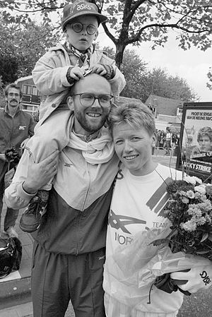 Ingrid Kristiansen - Ingrid Kristiansen with family in 1987
