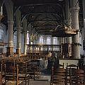 Interieur, overzicht van het middenkoor naar het oosten gezien - Monnickendam - 20383271 - RCE.jpg