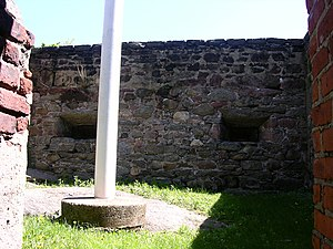 Blockhouse No. 1 (Central Park) - The interior of the Blockhouse in its present state; a modern flagpole is visible in the center