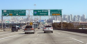 Central Freeway - South end of the Central Freeway (left) from the Bayshore Freeway