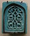 Iran occidentale, mattonella di muqarnas, xiv sec.JPG