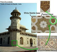 tomb in agra is decorated with arabesques and geometric patterns