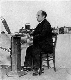 Spharophon - Jörg Mager playing on Spherophone at the 1926 summer music festival in the Black Forest town of Donaueschingen
