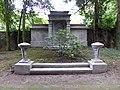 Jüdischer Friedhof Köln-Bocklemünd - Grabstätte Familie Daniel Kaufmann (1).jpg