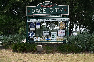 Florida State Road 52 - Dade City welcomes eastbound drivers