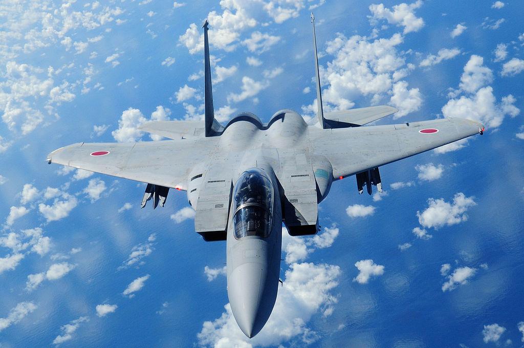 اليابان تخطط لبيع مقاتلاتها القديمه نوع F-15 الى الولايات المتحده  1024px-Japan_Air_Self_Defense_Force_F-15