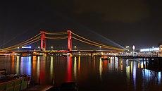 Jembatan Ampera awak.JPG