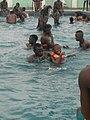 Jeux dans la piscine.jpg