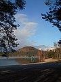 Jezerní klid - panoramio.jpg