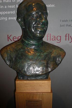Jimmy Murphy (footballer) - Image: Jimmy Murphy statue