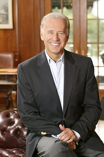Biden's official Senate photo (2005) Joe Biden, official photo portrait 2.jpg