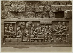 KITLV 28019 - Kassian Céphas - Relief of the hidden base of Borobudur - 1890-1891.tif