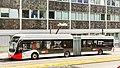 KVB E-Bus Breslauer Platz, an Ladestation-6078.jpg