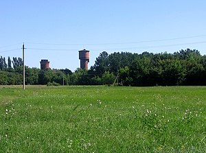Kamennaja Steppe towers, 2007.jpg