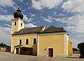 Kath. Pfarrkirche hl. Bartholomäus in Münichreith an der Thaya.jpg